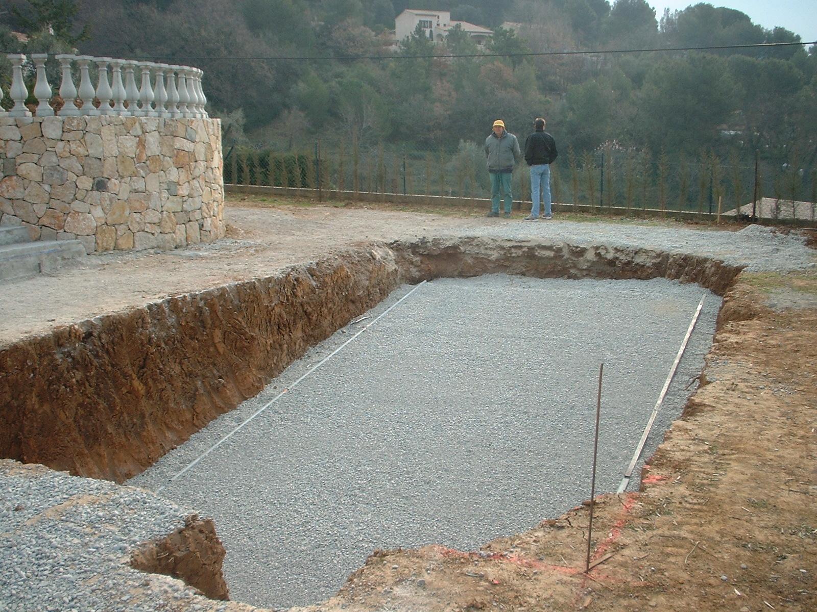 N dani in a few words n dani terrassement for Terrassement piscine